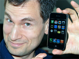 David Pogue with iPhone
