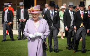 The mother with the hat (Getty Images)