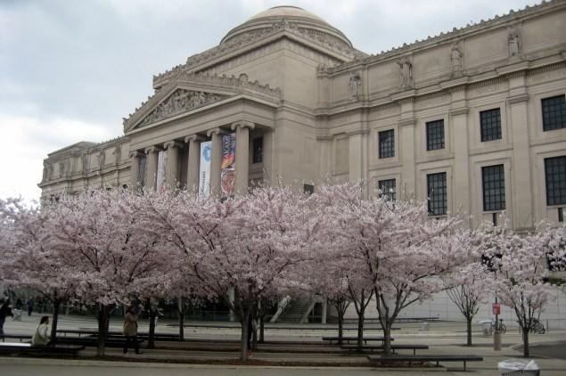 The Brooklyn Museum. (Courtesy WallyG / Flickr)