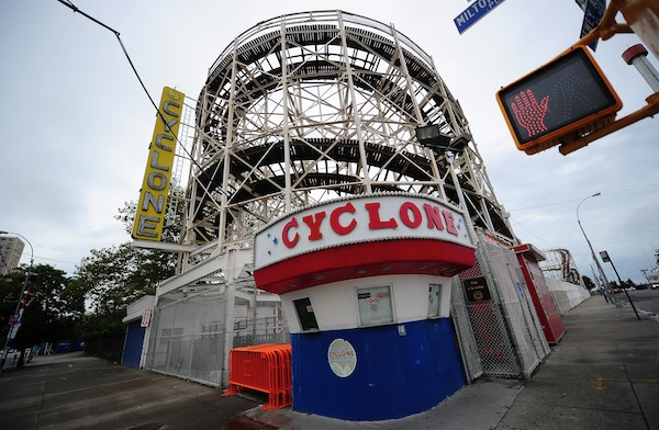 """New York's historical roller coaster """"Th"""