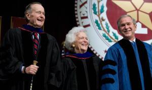 President George W. Bush and Barbara Bush. (Photo: Getty)