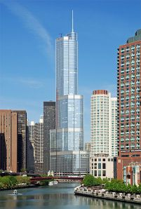 Going big: The Trump International in Chicago. (Wikimedia Commons)