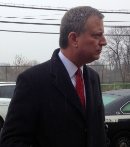 Bill de Blasio standing in Staten Island.
