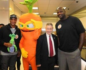 Shelly Silver, Darryl Strawberry, Shaq and vegetables. (Photo: CapitalNewYork).