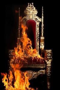 Mandle_Gayle_Wells_Julia_Mandle_Throne_Burning_20120