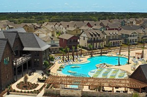 Luxury student housing in Texas. (WSJ)