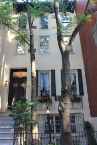 From 1896 until the '20s, 75 East 73rd Street was home to a shoemaker for a more equine sort.