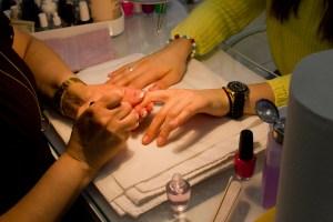 The nail bar. (Photo via Shao-yu Liu.)