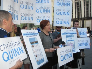 City Council Speaker Christine Quinn unveiled a campaign app outside of the Midtown Apple store. (Photo: Jill Colvin)