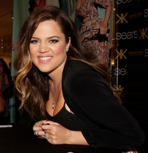 Khloe Kardashian Odom signing autographs for fans. (Photo: Bob Levey/Getty Images for Sears)
