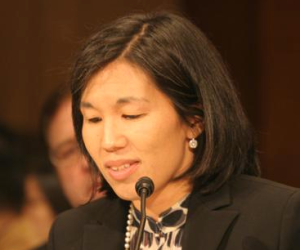 Ms. Wong (Photo: Wikipedia)