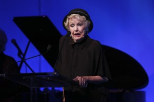 Elaine Stritch.