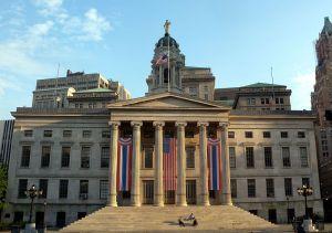Brooklyn Borough Hall. (Photo: Wikimedia Commons)