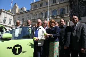 Mayor Bloomberg and one of the new Boro Taxis.(Photo: flickr/nycmayorsoffice)