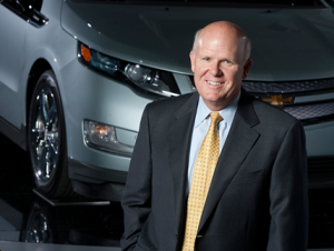 GM CEO Daniel Akerson, improving the American driving experience one cruller at a time. (Photo: GM.com)