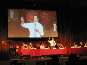 Anthony Weiner on stage at the charter school forum.