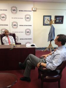 Anthony Weiner meeting with Rev. Al Sharpton. (Photo: Twitter/@TheRevAl)
