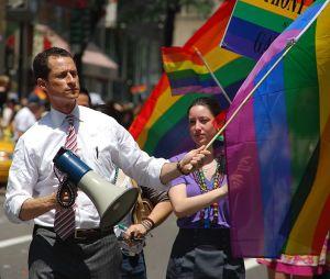 Anthony Weiner at city's 2009 LGBT Pride parade. (Photo: Thomas Good / NLN)