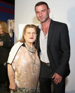 Julie Weiss and Liev Schreiber.