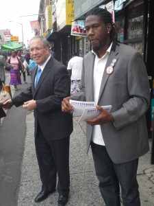 Mr. Stringer and Brooklyn Councilman Jumaane Williams pass out campaign literature.