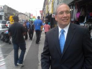 Manhattan Borough President Scott Stringer stumps in Flatbush, Brooklyn.