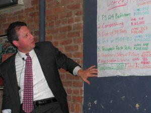 Brad Lander at a participatory budgeting meeting. (Photo: Facebook)