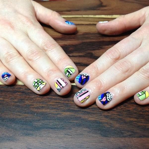The telltale manicure.