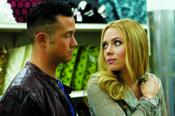 Joseph Gordon-Levitt and Scarlett Johansson in 'Don Jon.'