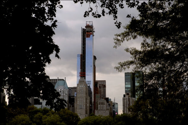 Construction on One57, the residential luxury toward that received the 421-a tax abatement. (Photo: Oliver Morris/Getty Images)