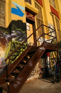 No stairway goes undecorated at 5Pointz (flickr, Alan Houston)