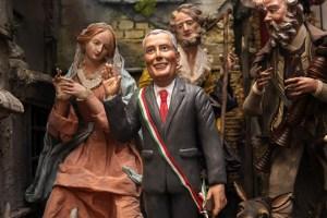 An Italian Bill de Blasio figurine among Catholic artifacts. (Photo: Getty)