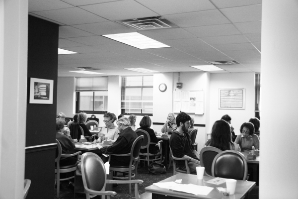 The scene at the Honors Bridge Club on a recent weekday afternoon. (Photo by Amanda Lea Perez)