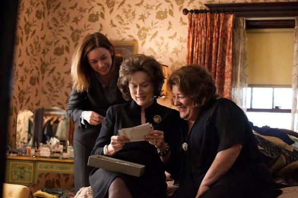Meryl Streep, center, as Violet, the domineering Weston family matriarch.