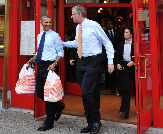 Barack Obama and Bill de Blasio in Brooklyn. (Photo: Mandel Ngan/Getty)