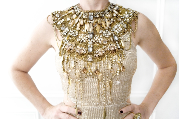 The collar lends this stunner a regal quality.