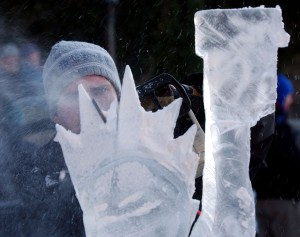 Ice carving. (Photo by Spencer Platt/Getty Images)