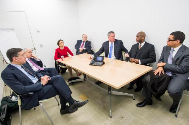 Bill de Blasio and his new appointees (Photo: Twitter/@NYCTransition)