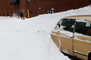 A Brooklyn car buried in snow after the 2010 storm. (Photo: Chris Hondros/Getty)