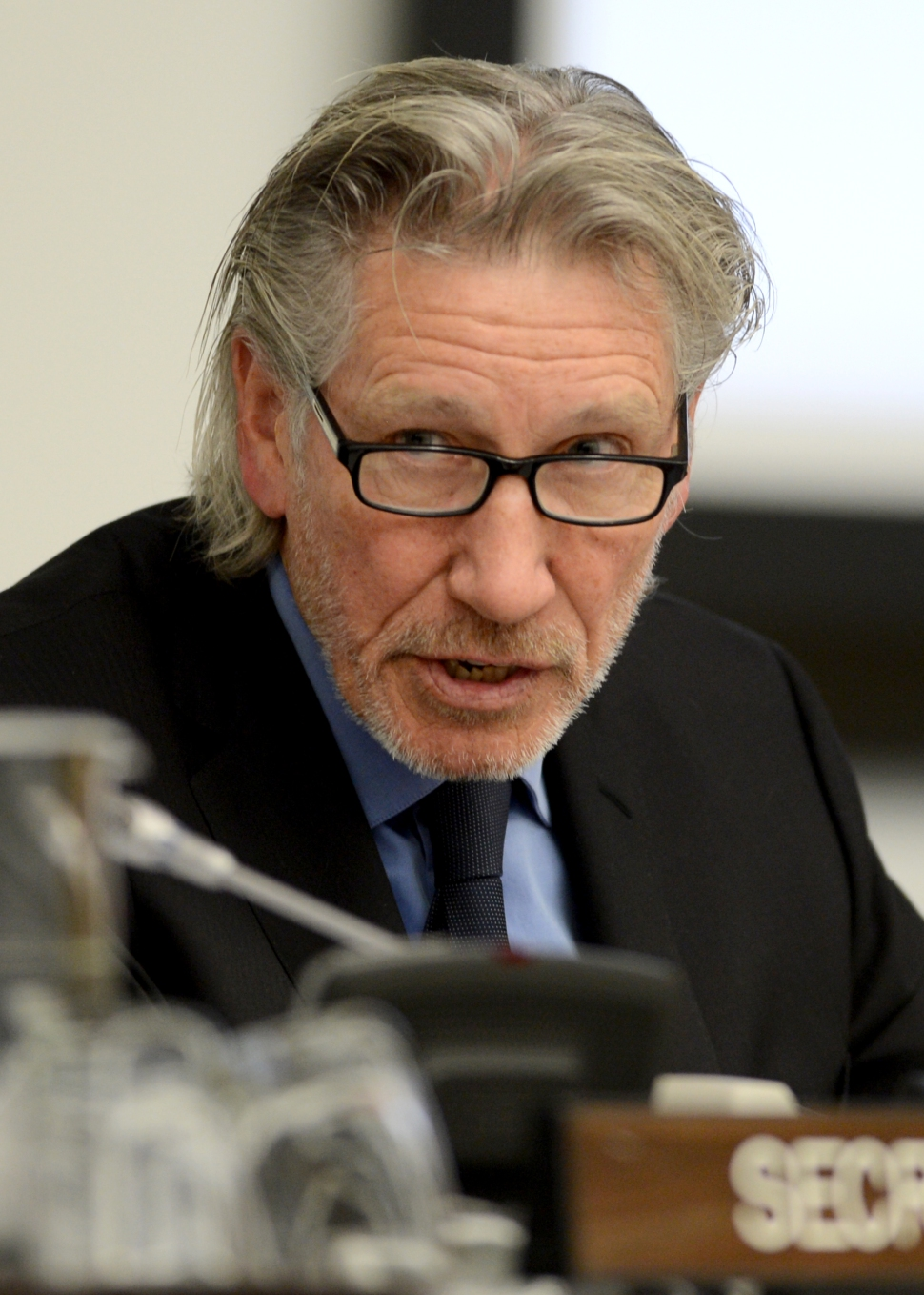 Roger Waters addresses the Committee on the Exercise of the Inalienable Rights of the Palestinian People,  November 29, 2012 at UN headquarters in New York. (Photo by HENNY RAY ABRAMS/AFP/Getty Images)