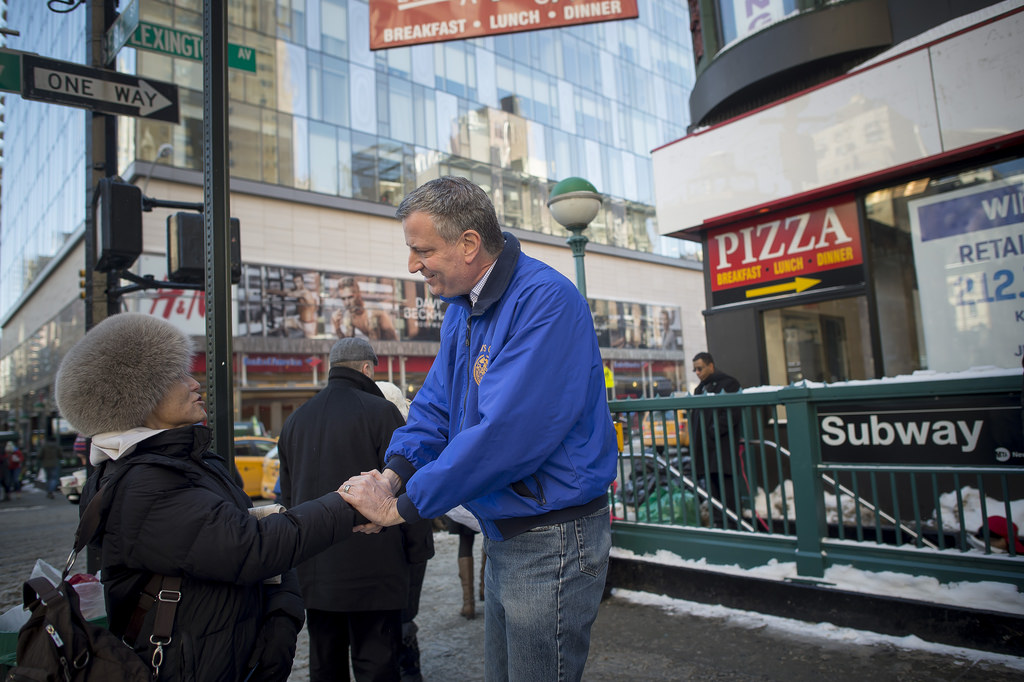 Bill de Blasio visits the Upper East Side. (Photo: nycmayorsoffice)