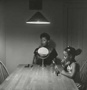 'Untitled (Woman and daughter with makeup)' (1990) by Weems. (© Carrie Mae Weems/The Art Institute of Chicago, courtesy the Guggenheim)
