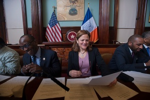 Council Speaker Melissa Mark-Viverito with progressive allies. (Photo: NYC Council/William Alatriste)