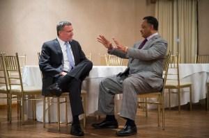 Bill de Blasio meeting with Rev. Jesse Jackson last night. (Photo: Rob Bennett/NYC Mayor's Office)