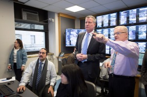 Bill de Blasio and John Doherty responding to the snow inside of an emergency command center. (Photo: Rob Bennett/NYC Mayor's Office)