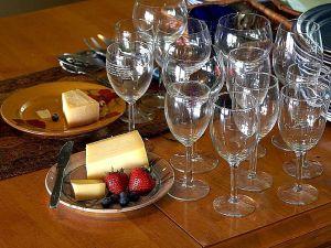 Wine and cheese. (Photo via Wikimedia Commons)