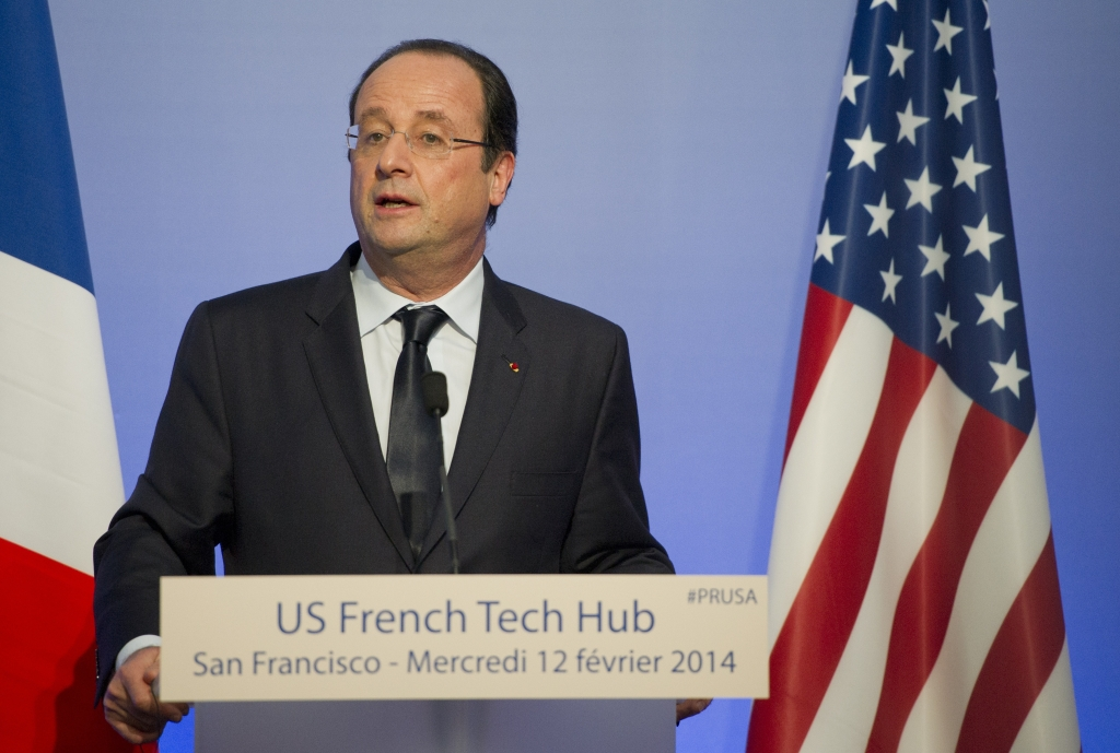 French President Francois Hollande delivers a speech at the French Tech Hub in San Francisco, on February 12, 2014.         (Photo: ALAIN JOCARD/AFP/Getty Images)