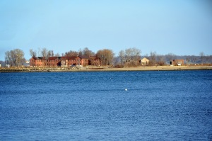 Hart Island (David Trawin, Flickr)