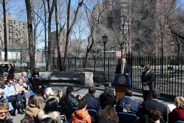 Bill de Blasio and Mitchell Silver at today's press conference. (Photo:  Credit: Rob Bennett for the Office of Mayor Bill de Blasio)