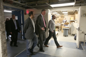 Bill de Blasio walking to yesterday's event. (Photo: Rob Bennett: NYC Mayor's Office)
