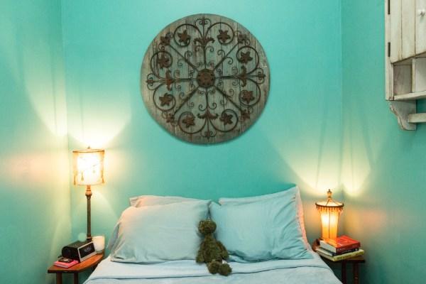Kimberly Kaye's Apartment courtesy of  Airbnb/Nathan Perkel